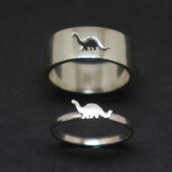 Girlfriend And Boyfriend Matching Dinosaur Rings Couple...